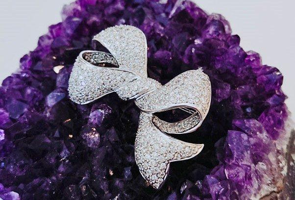 White jewelry No.10